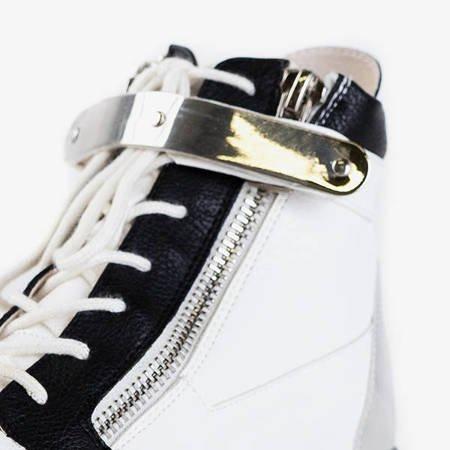 Белые спортивные ботинки с оранжевыми вставками Krillas