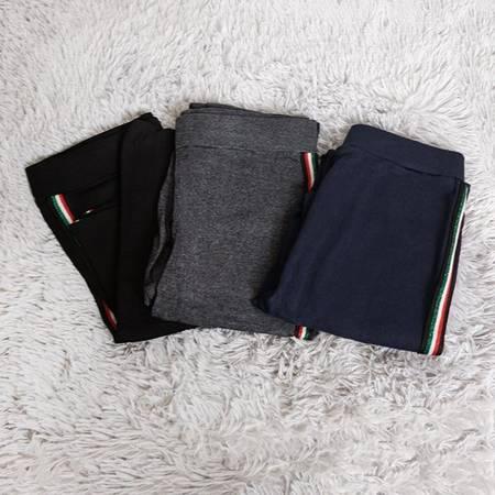 Женские темно-синие леггинсы в полоску - Одежда