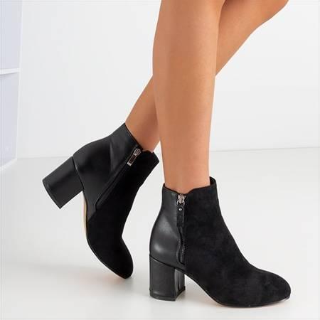 Черные женские сапоги на посту Марлая - Обувь