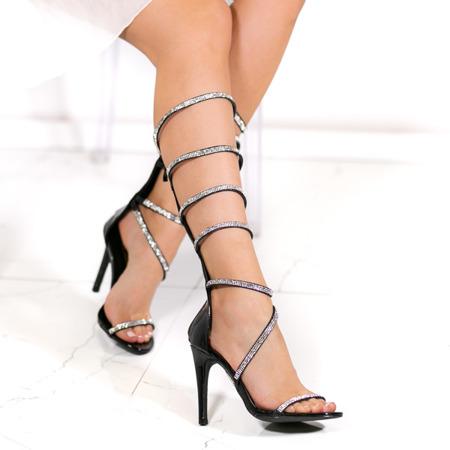 Czarne sandały Michaela- Obuwie