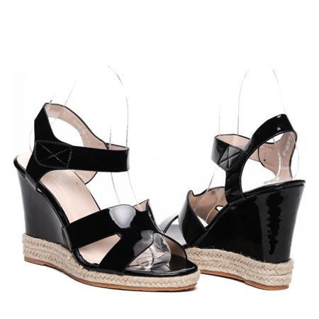 Czarne sandały na koturnie Virginia- Obuwie