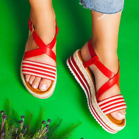 Czerwone sandały na platformie Aleah - Obuwie