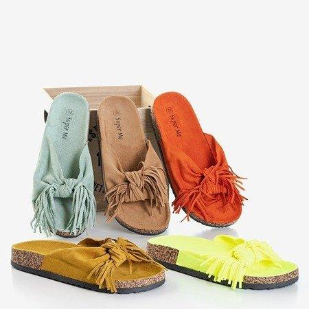 Коричневі жіночі шльопанці з бахромою Mua - Взуття 1