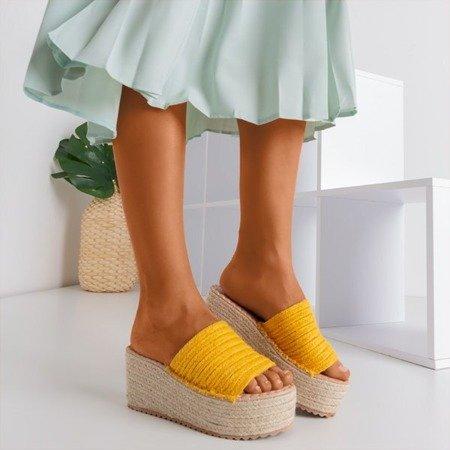 Сандалії на платформі Hlois гірчиця - Взуття