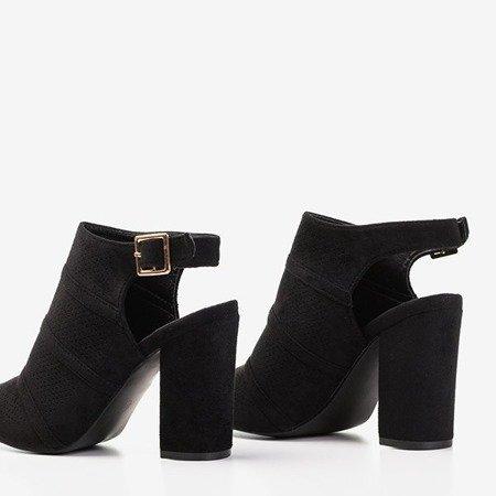 Чорні босоніжки на пості з ажурною верхньою частиною Amberlu - Взуття