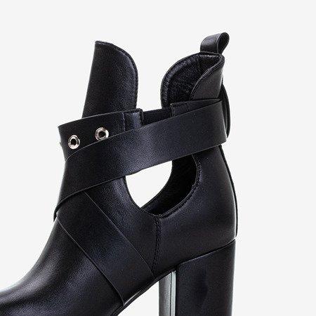 Чорні жіночі ботильони з вирізами Kamila - Взуття