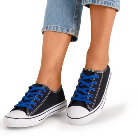 Чорні кросівки з блакитними шнурками - Взуття