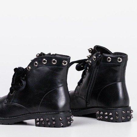 Чорні черевики з прикрасами Jega - Взуття