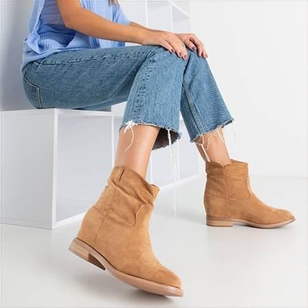 OUTLET Світло-коричневі ковбойські черевики ала на закритому клині Terband - Взуття